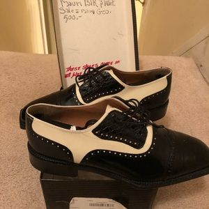 Men's Mauri Black and White Shoes